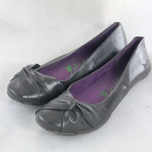 BLOWFISH Grey Shine Leather Bow Front Flats Shoes